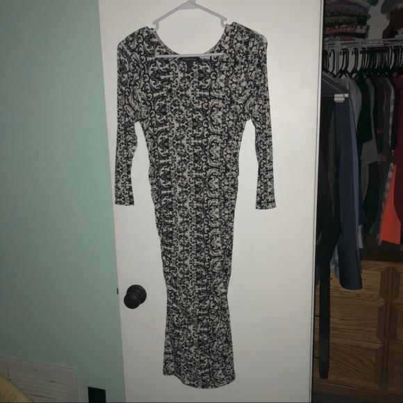 Isabella Oliver Dresses & Skirts - Isabella Oliver maternity dress size 1
